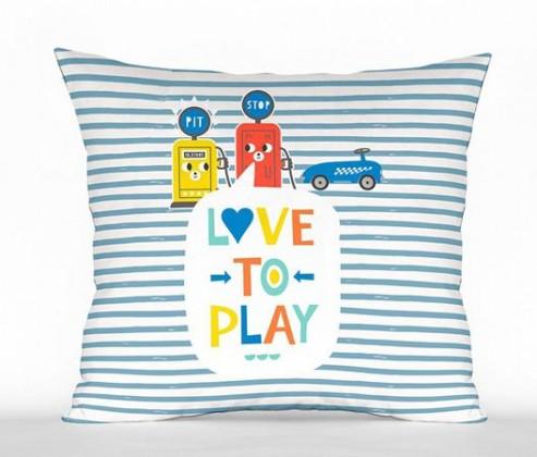 Cojín Love to play